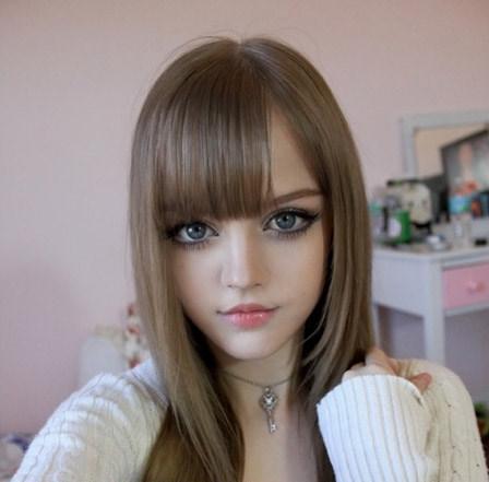 فتاة اوكرانية شبية باربي 13302070031.jpg