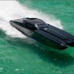 صورة سيارة كورفيت ZR48 وهي تسير بسرعة جنونية على الماء و سعرها 1.7 مليون